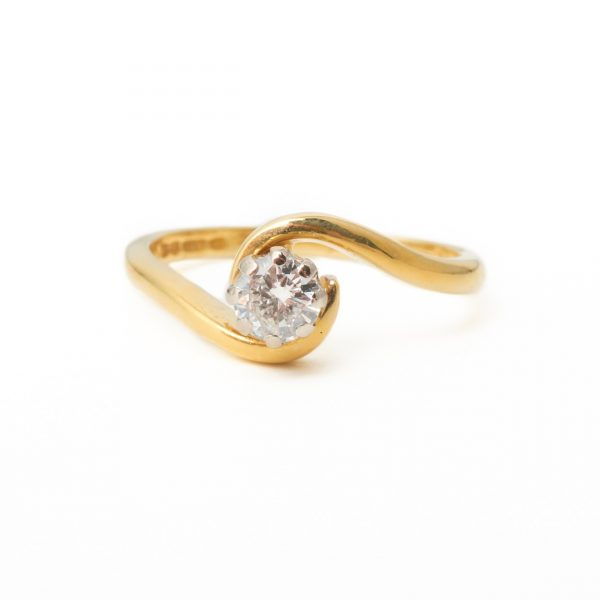 Pre Owned 18ct Gold Twist Single Stone
