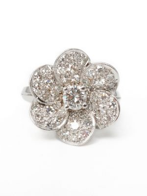 Pre Owned 14ct Diamond Flower Ring