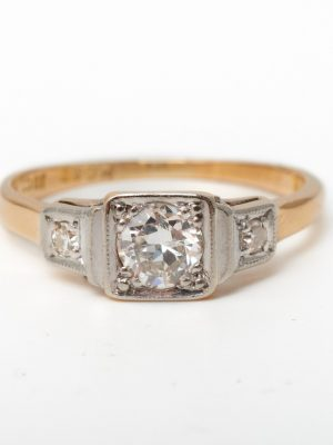 Pre Owned 18ct & Platinum Three stone
