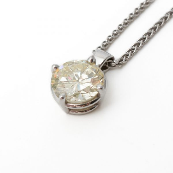 Pre Owned White Gold Diamond Pendant 3.73ct