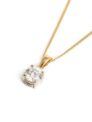 18ct Yellow Gold Single Stone Diamond Pendant