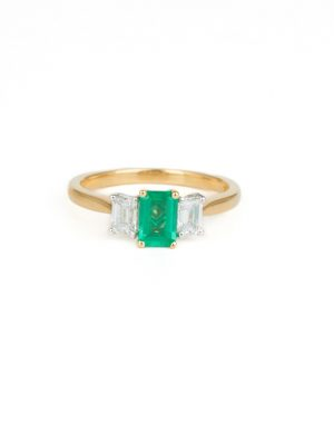 18ct Yellow Gold Emerald & Diamodn Three Stone Ring